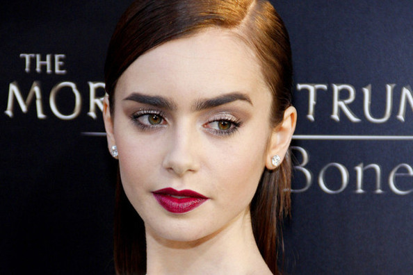 Lily Collins is the New Face of Lancome, Miranda Kerr Covers 'Cosmo,' and More!