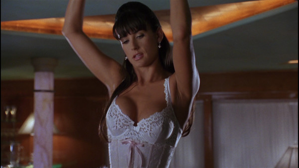 Demi moore in strip tease