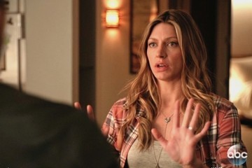 Exclusive Sneak Peek: Joss Finds Out She Could Face Serious Charges on ABC's 'Mistresses'