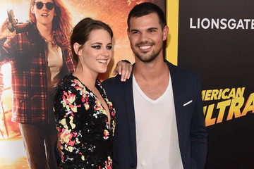 Kristen Stewart Hung out with 'Twilight' Co-star Taylor Lautner at the 'American Ultra' Premiere