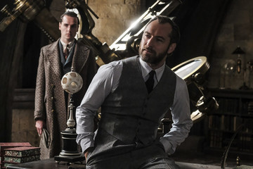 The First Full Trailer For 'Fantastic Beasts: The Crimes of Grindelwald' Is Here And Jude Law Does Not Disappoint
