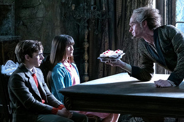 'Unfortunately Yours' Ep. 2: Count Olaf Creeps Us Out