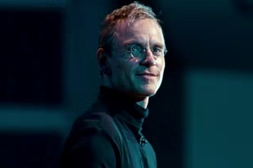 Here's Your First Look at Michael Fassbender as Steve Jobs