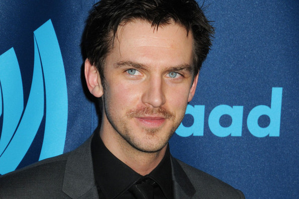 Dan Stevens (aka Downton's Matthew Crawley!) Went Brunette—Thoughts?