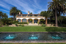 Beyonce & Jay-Z Rent A $400,000-Per-Month Malibu Mansion