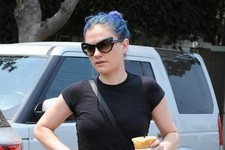 Anna Paquin Gets Her Caffeine Fix