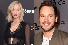 Jennifer Lawrence Says 'Passengers' Co-Star Chris Pratt Is So Positive He's 'Cotton Candy in Human Form'