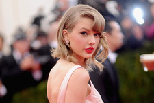 Hair Transformation: Taylor Swift
