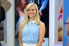 Reese Witherspoon Stops by 'Good Morning America'