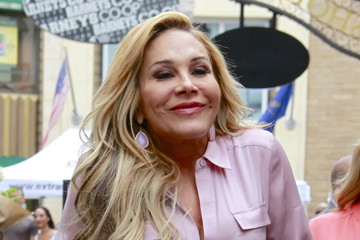 Adrienne Maloof Stops By Extra