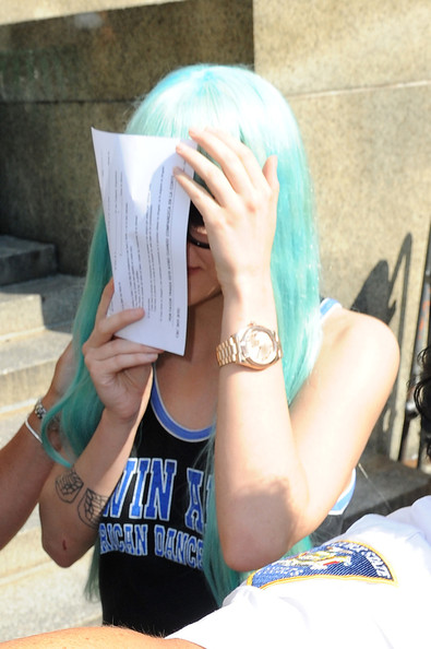 Amanda Bynes Leaves the NYC Courthouse
