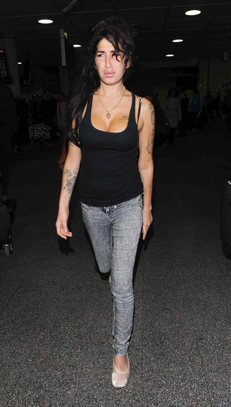 Amy+Winehouse+Amy+Winehouse+Gatwick+Airp