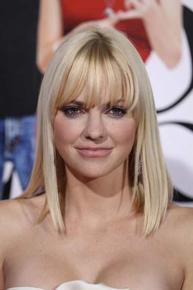 Anna Faris and Chris E...