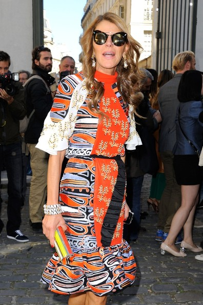Anna Dello Russo arriving at the Giambattista Valli spring-summer 2013 collection show during Paris Fashion Week