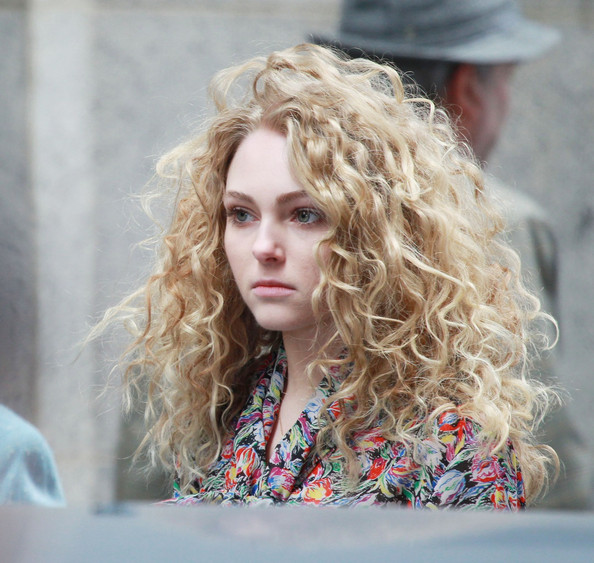 AnnaSophia Robb hair the carrie diaries