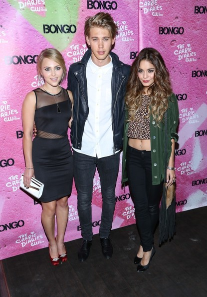 Stars at the Premiere Party for 'The Carrie Diaries' Season 2