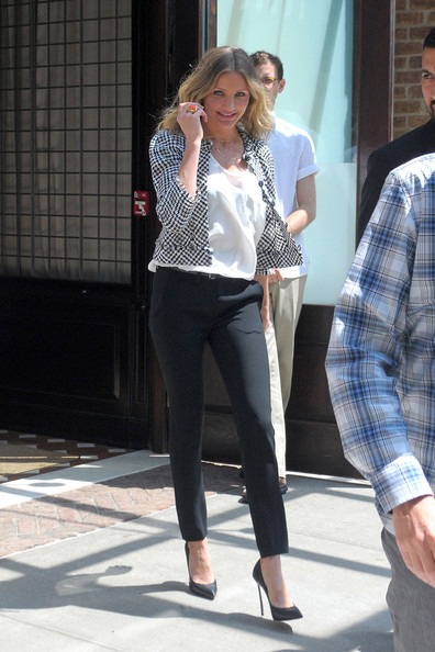 """Bad Teacher"" star Cameron Diaz leaves her New York City hotel on her way to ""The Late Show with David Letterman""."