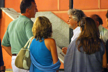Beppe Grillo Beppe Grillo Grabs Dinner with a Friend