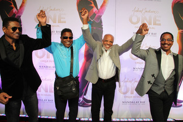 Berry Gordy Tito Jackson Stars at the 'Michael Jackson ONE by Cirque du Soleil' Show