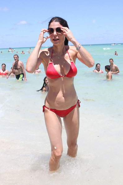 f88833b309a Bethenny Frankel Photos Photos - Bethenny Frankel Rocks a Red Bikini ...