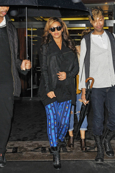 Beyonce Out and About in NYC []