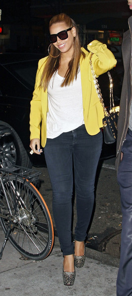Beyonce Knowles - Beyonce Out in NYC