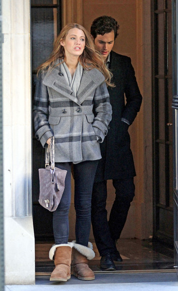http://www1.pictures.zimbio.com/pc/Blake+Lively+Penn+Badgley+turns+24+today+film+JIIcBI1hLtnl.jpg?46913PCN_Badgley02