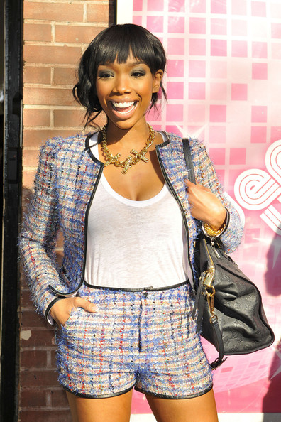 Brandy Smiles for Fans - Pictures - Zimbio