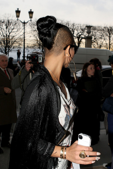 Cassie Photos Photos Cassie Visits Fashion Week In Paris Zimbio