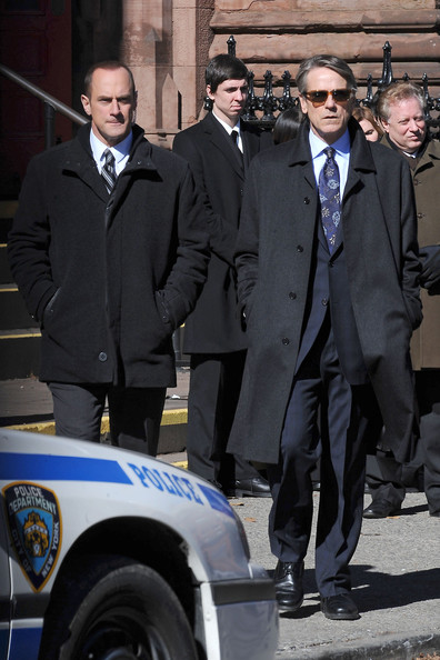 "Mariska Hargitay, Christopher Maloni and special guest star Jeremy Irons spotted on the New York City set of ""Law & Order: SVU"". This is the second time this season that Jeremy Irons has made a guest appearance on the long running TV series."