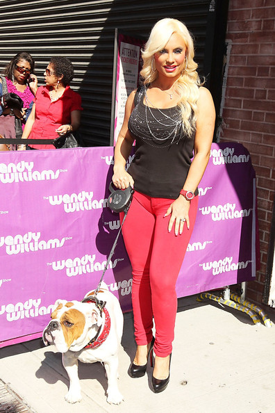 wendy williams cameltoe