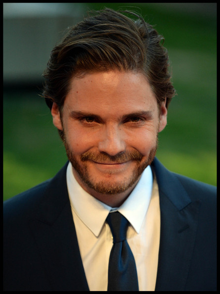 Daniel Bruhl Photos Photos - 'Rush' Premieres in London ...