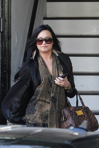 Demi Lovato A fuller looking Demi Lovato stops to shop at Urban Outfitters after spending time at a hair salon in LA. The Disney star recently revealed in an upcoming 20/20 segment that she is bipolar and was treated professionally to help treat her bulimia.