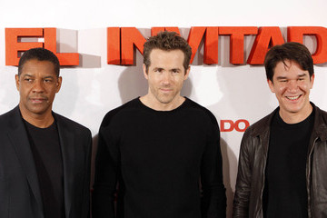 Daniel Espinosa Denzel Washington and Ryan Reynolds at the 'Safe House' Photocall