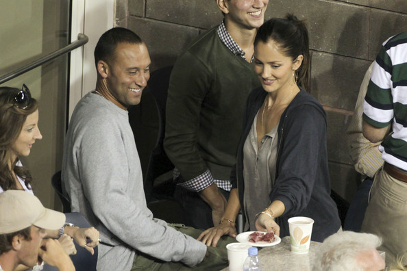 derek jeter girlfriend. Sexiest Woman Alive 2010 is Derek Jeter#39;s girlfriend Minka Kelly .
