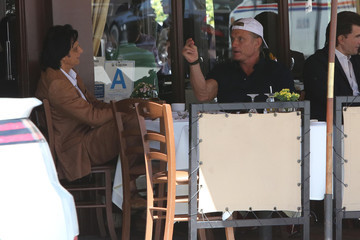 Dolph Lundgren Dolph Lundgren Grabs Lunch with a Friend