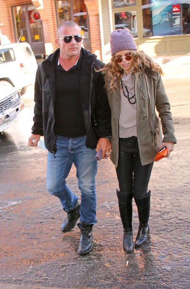 dominic purcell dating Prison break's dominic purcell is dating girlfriend annalynne mccord after divorcing wife rebecca williamson havthe former couple has four children together however, as per latest news of.