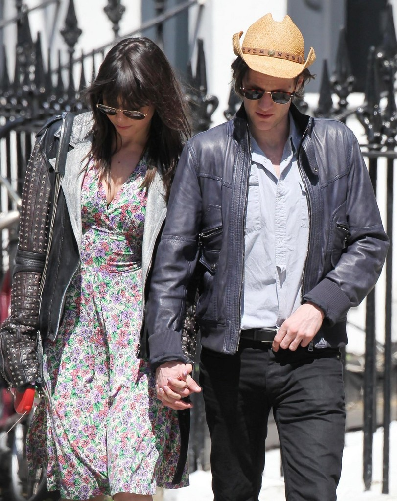 Matt Smith and Daisy Lowe in Primrose Hill - Zimbio