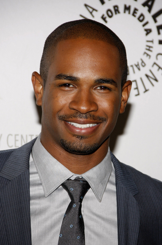 Damon wayans jr photos photos elisha cuthbert at the for Damon wayans jr