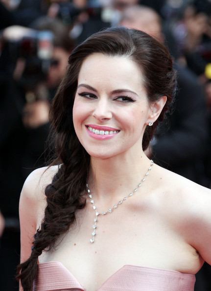 emily hampshire photos