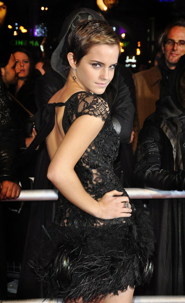 "Emma Watson wows at the World Premiere of ""Harry Potter and the Deathly"