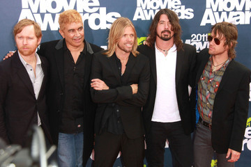The Foo Fighters The 2011 MTV Movie Awards in Studio City