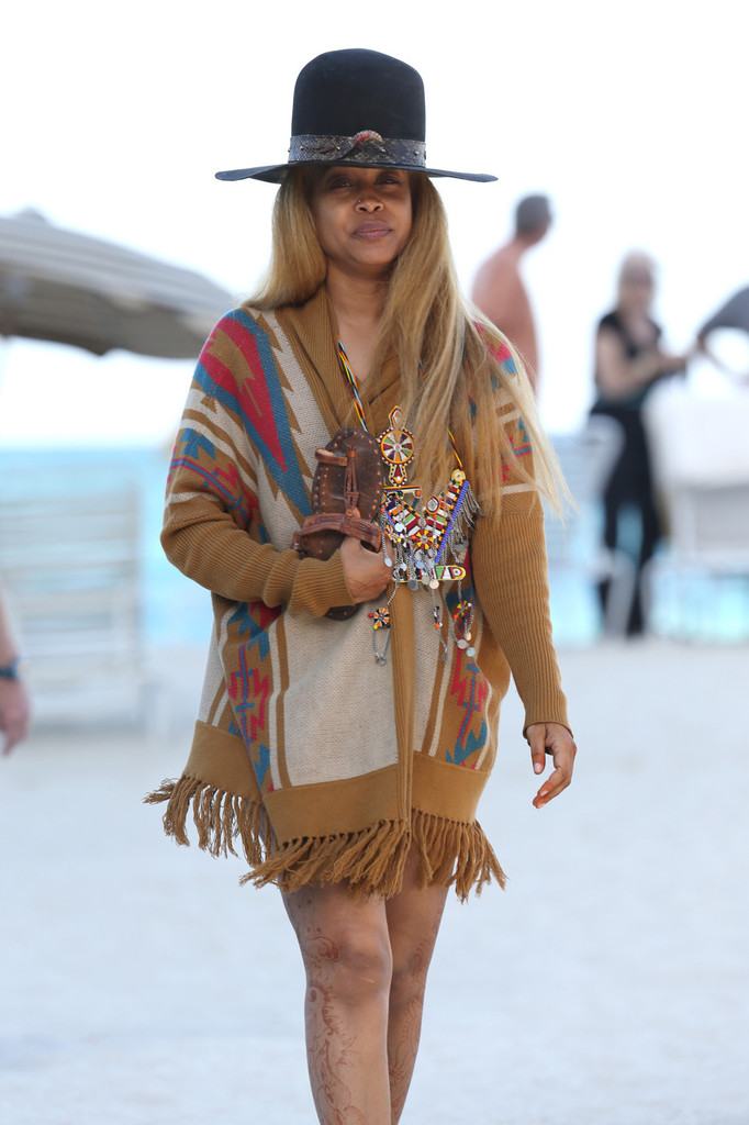 Erykah badu photos photos erykah badu hits the beach for Erykah badu real tattoos
