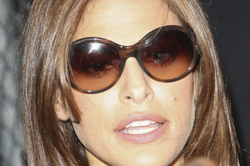 Eva Mendes Eva Menes, Pitbull and Ne-Yo Leave 'Jimmy Kimmel Live'