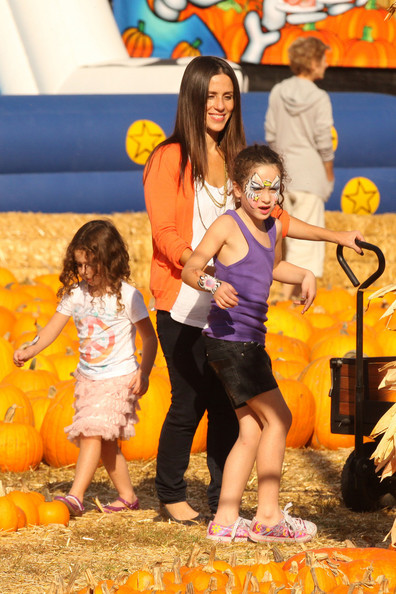 FAMILY+TIME+Soleil+Moon+Frye+spotted+spending+vuAf0Ovc6Qvl Soleil Moon Frye with her daughters Jagger and Poet