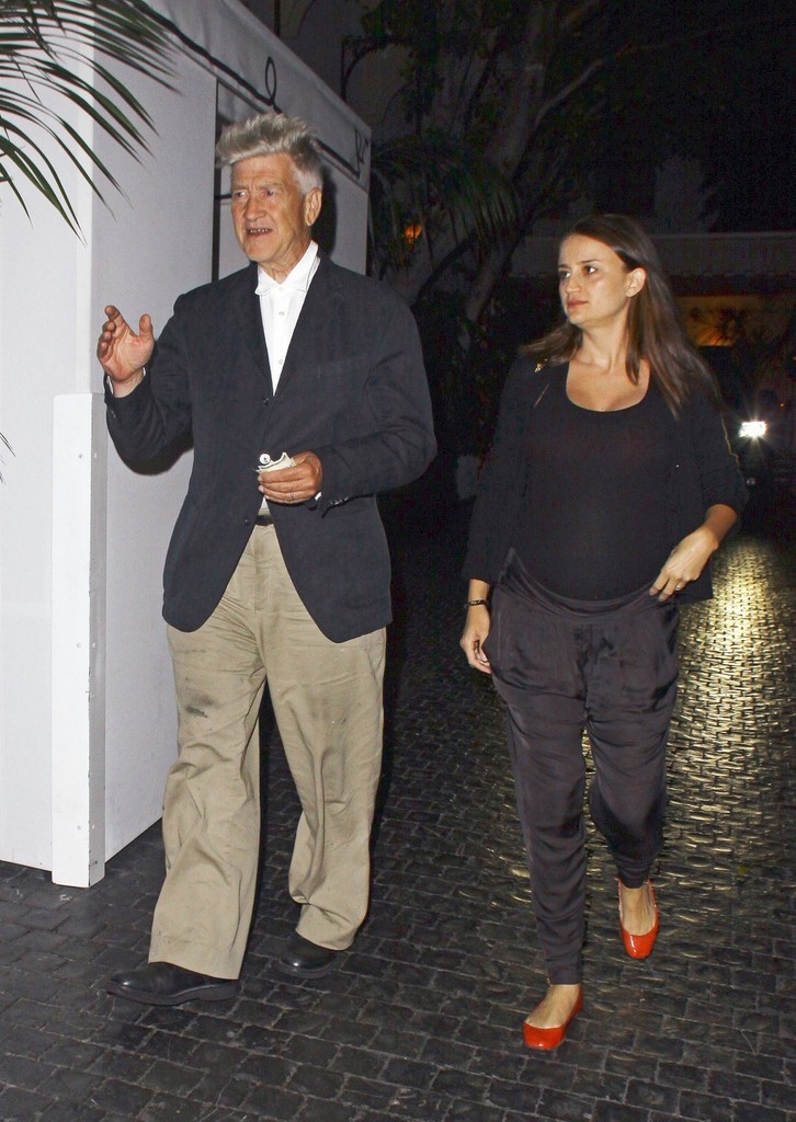 Celebs leaving chateau marmont pictures