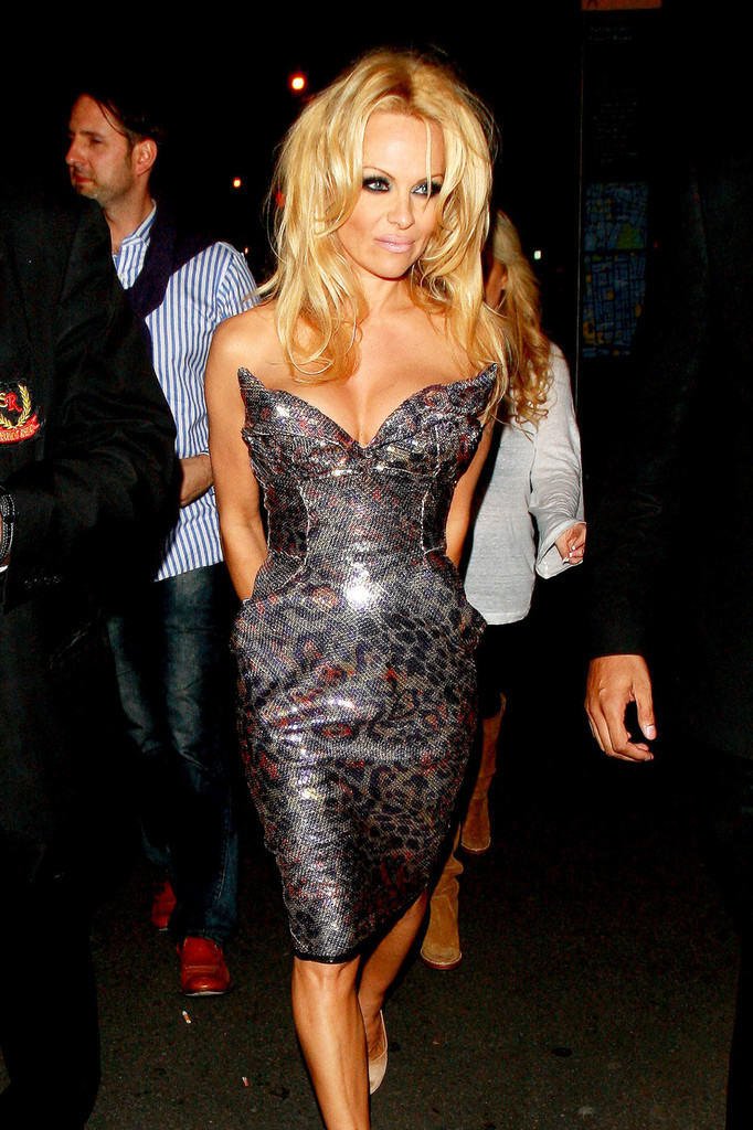Stars Who Have Had Breast Implants Removed · Pamela Anderson