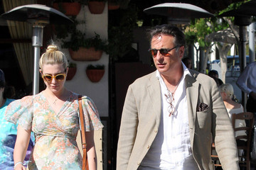 Daniella Garcia Andy Garcia Takes His Daughters to Lunch