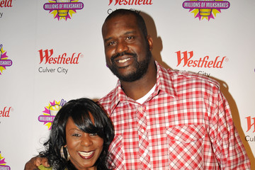 Gramma Funk Shaquille O'Neal at Millions of Milkshakes