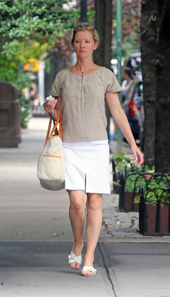 gretchen mol photos photos - gretchen mol in the west village